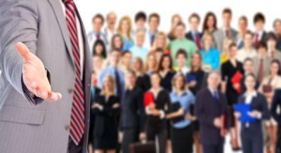 Le courtier immobilier indépendant possède un solide réseau de contacts